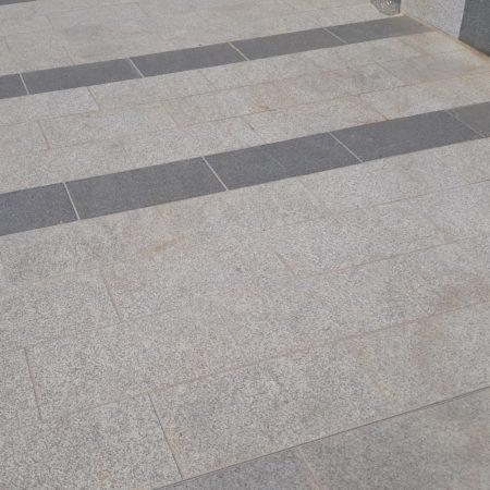 bagnolet-la-noue-dalle-granit-gris-nacional-et-noir-nacional-2